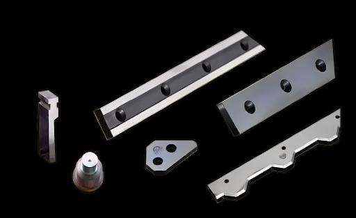 شرکت پانچ ایران بزرگترین تولید کننده کرکره های ضد سرقت تک جداره فول پانچ ، 09123632166 سریزدی ، کرکره فولادی